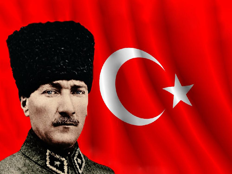 آتاتورک که بود